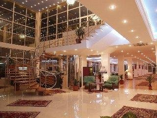Queen Vera Hotel (Formerly: Palm Beach)