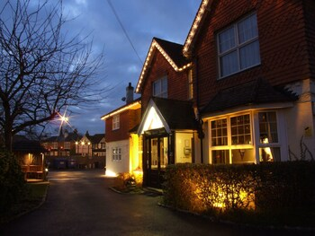 The Corner House Hotel Gatwick