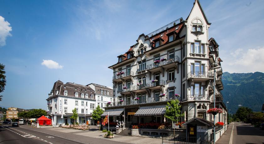 Carlton- Europe Vintage Adults Hotel