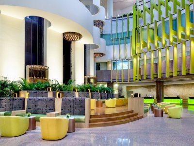 Holiday Inn Atrium