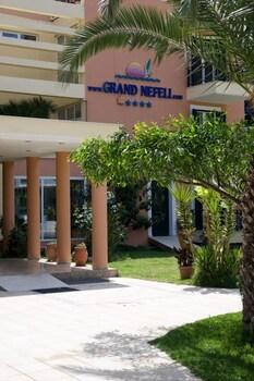 Grand Nefeli
