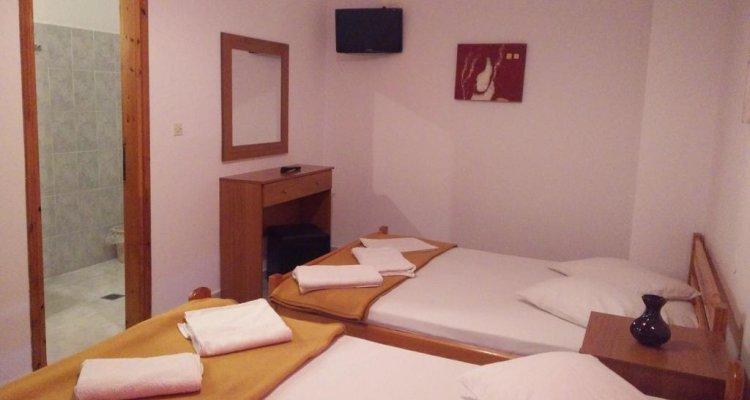 Giannis Hotel