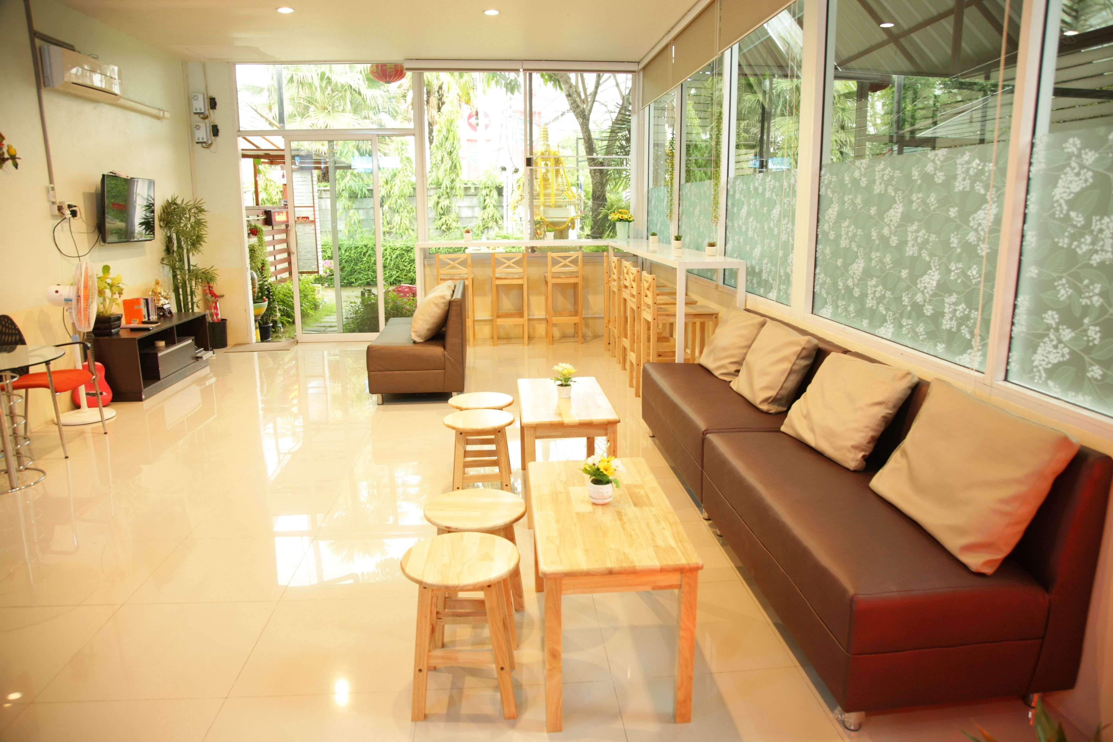 Friend's House Resort