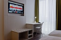 Super 8 by Wyndham Munich City West