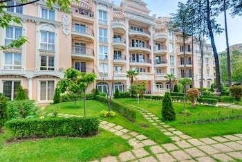 Venera And Anastasia Palace