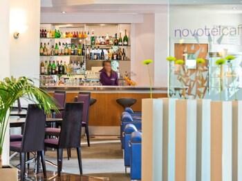 Novotel Arenas-aeroport