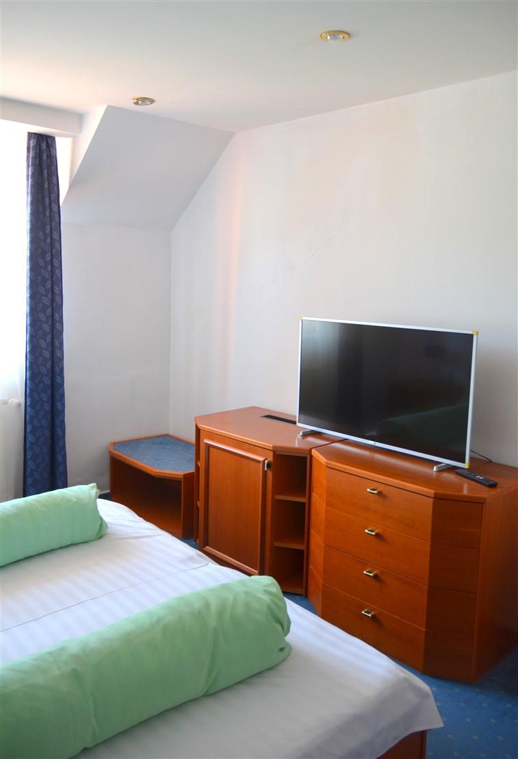 Hotel Iadolina - Stana de Vale