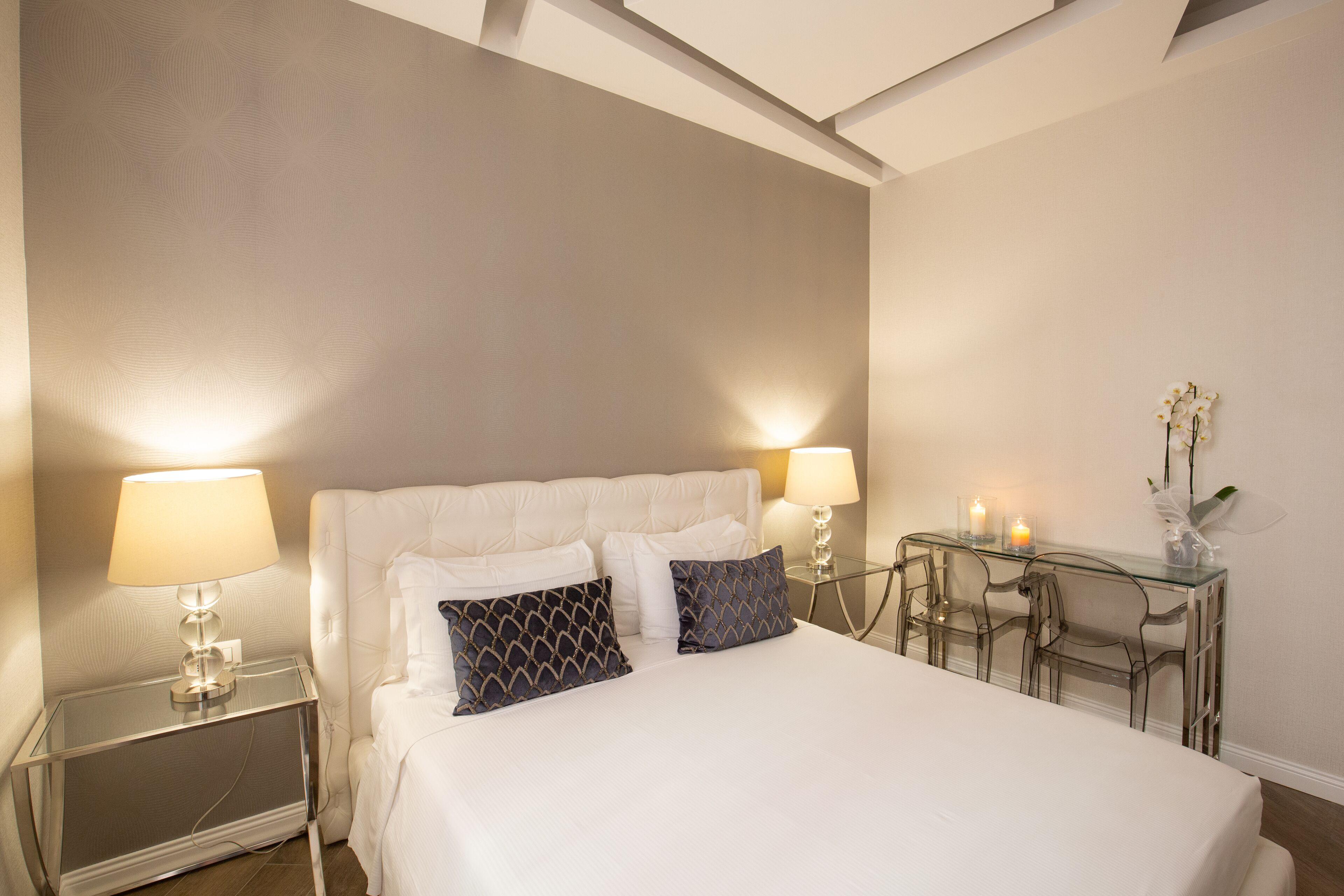 Deco Corso Suite Luxury Rooms