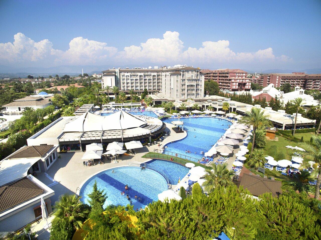 Sunis Elita Beach Resort Hotel