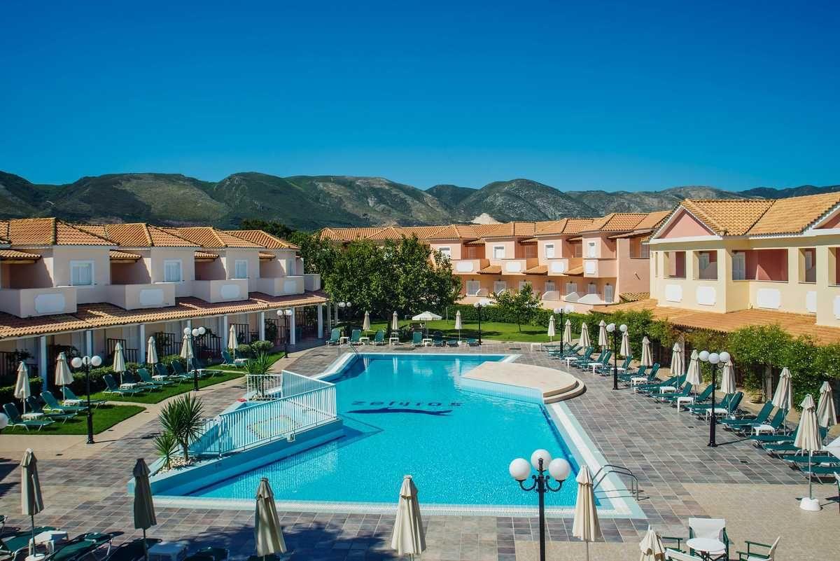 Zefyros Eco Hotel