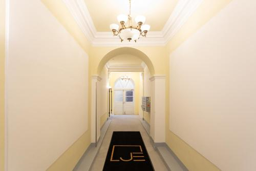 Palais Joseph Apartments