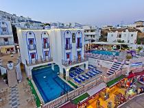 SKY VELA HOTEL 4 *