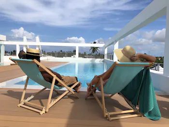 Ducassi Suites Rooftop Pool Beach Club And Spa
