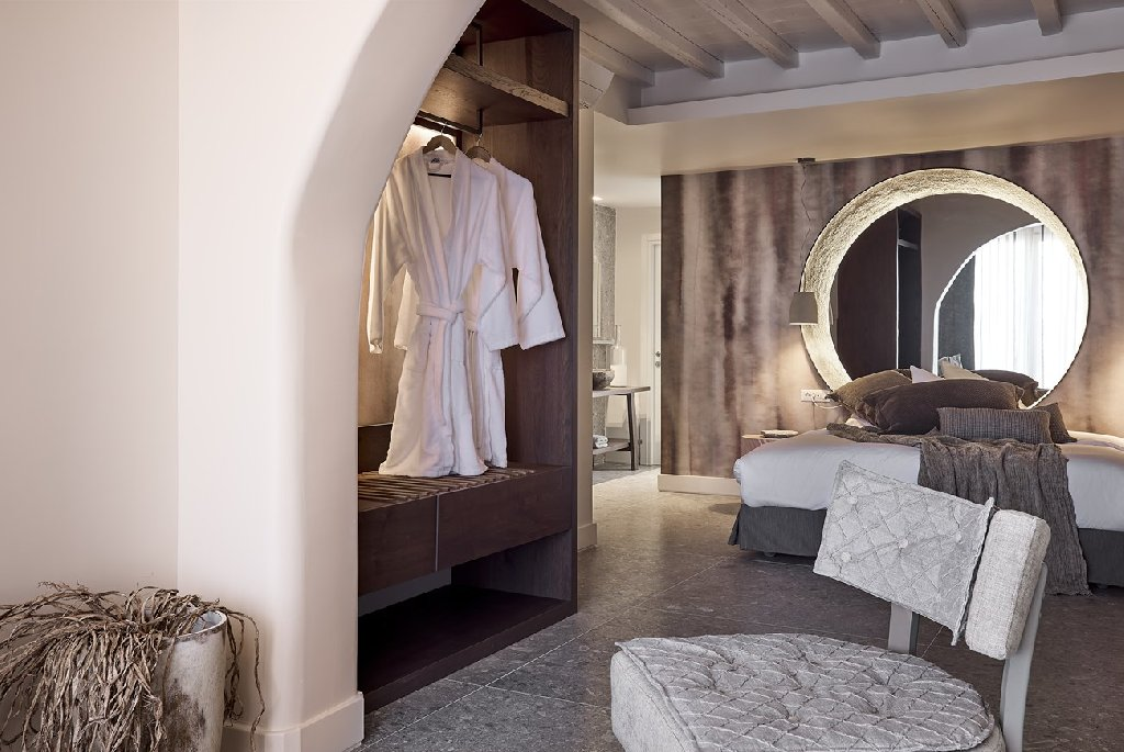 Amazon Mykonos Resort and Spa