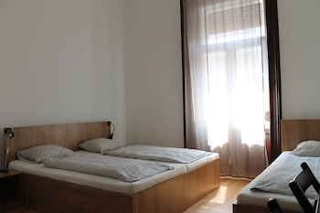 Omega Guesthouse Budapest