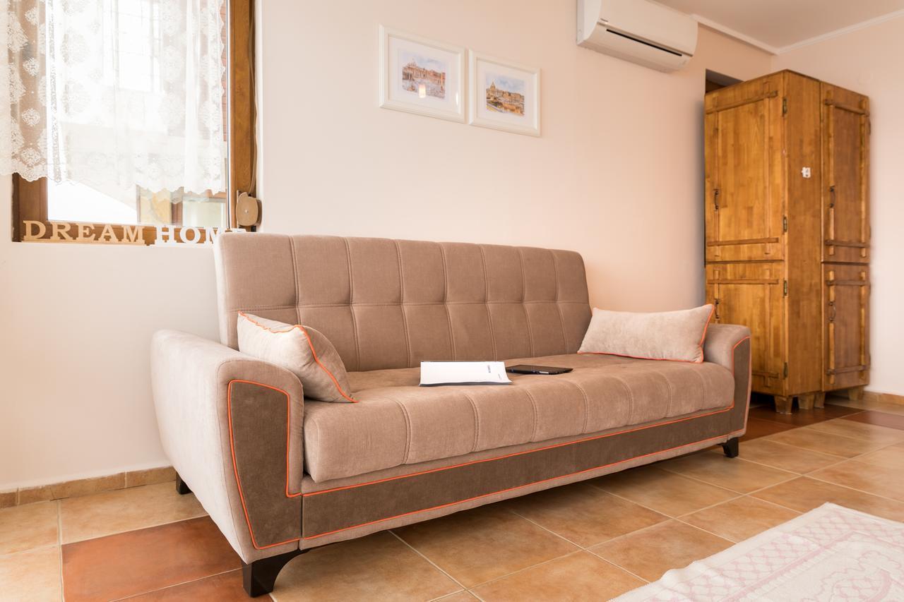 Sozopol Seaside Apartment