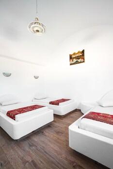 Villa Iliovasilema Santorini