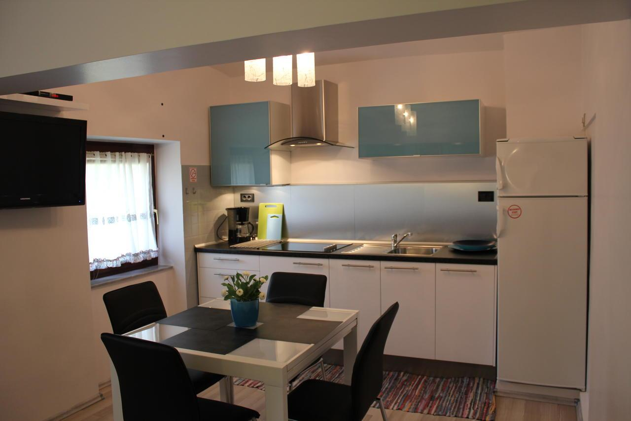 Apartments Komel