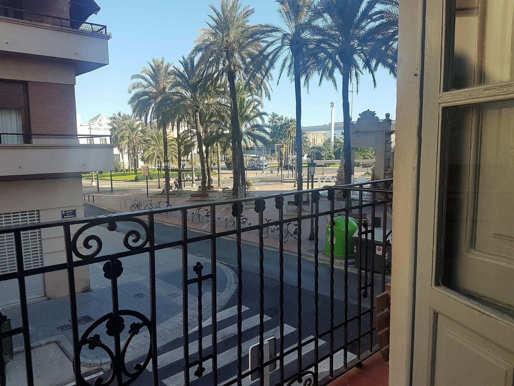 Apartamento Con Vistas A La Marina Real