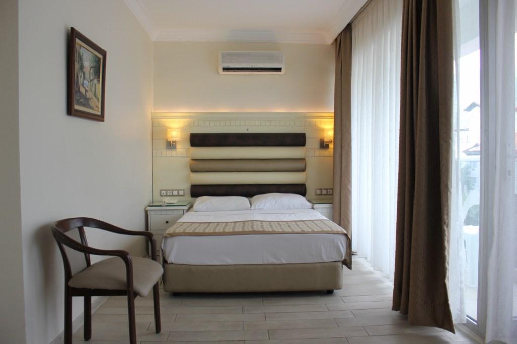 IQ MARMARIS HOTEL