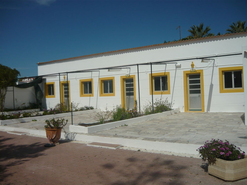 Monte Dos Avos Village