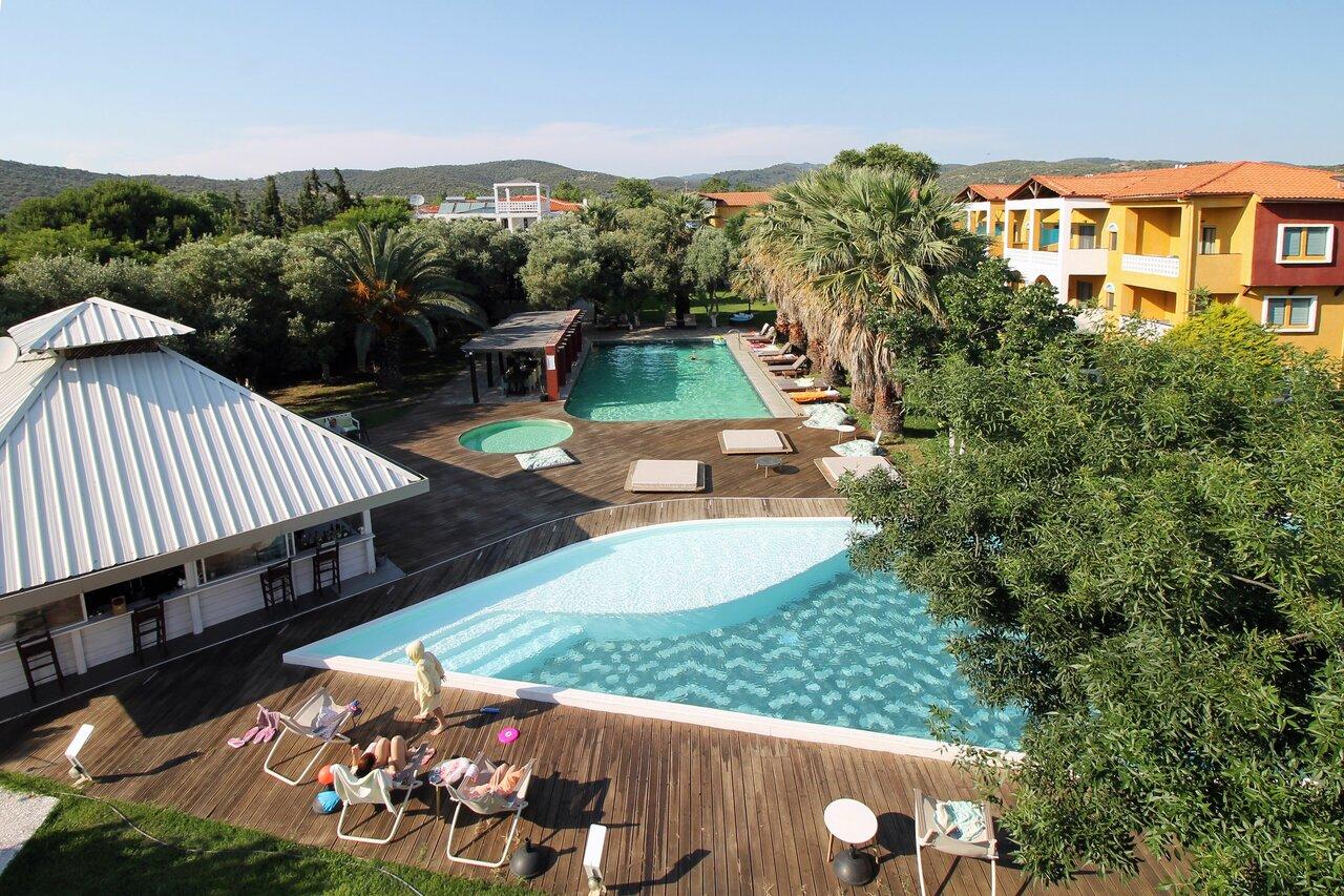 Despotiko Apartment Hotel And Suites