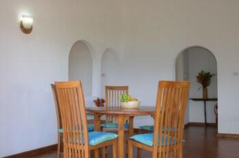 La Residence Villas & Studios