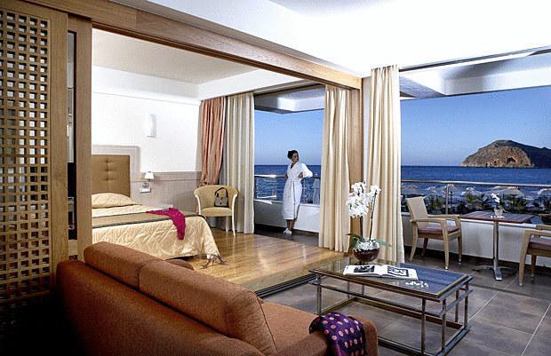 Thalassa Beach Resort (Adults Only 16+) (K)