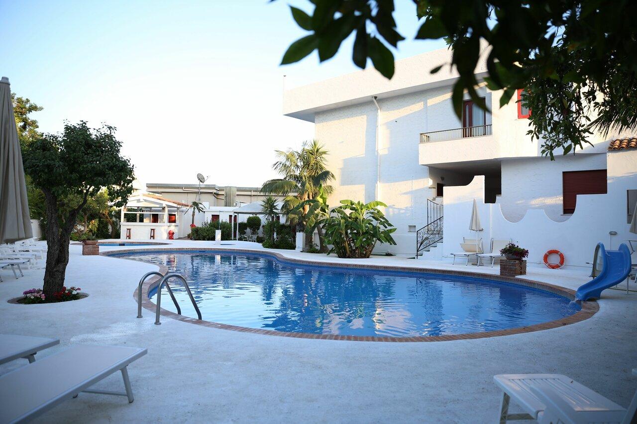 Assinos Palace