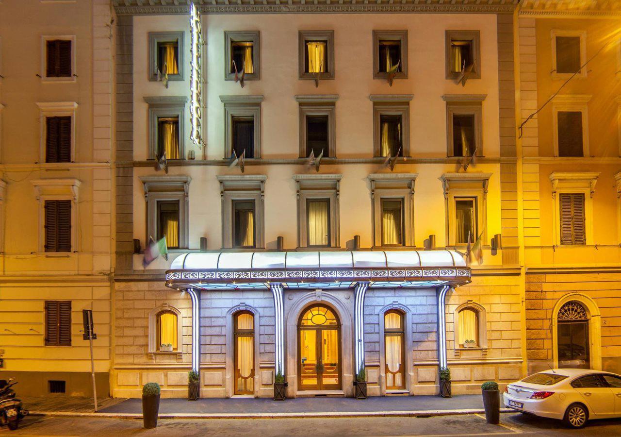 Varese Hotel