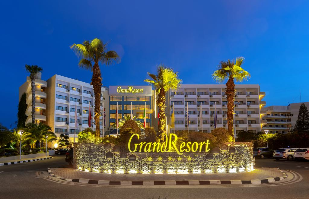 GRAND RESORT BEACH HOTEL
