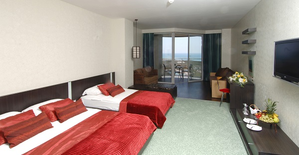 LIMAK LARA DE LUXE HOTEL & RESORT 5 *