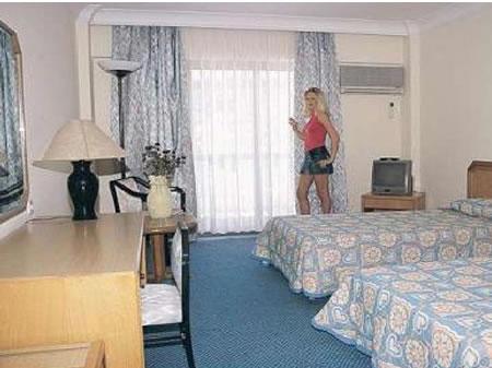 AYMA HOTEL