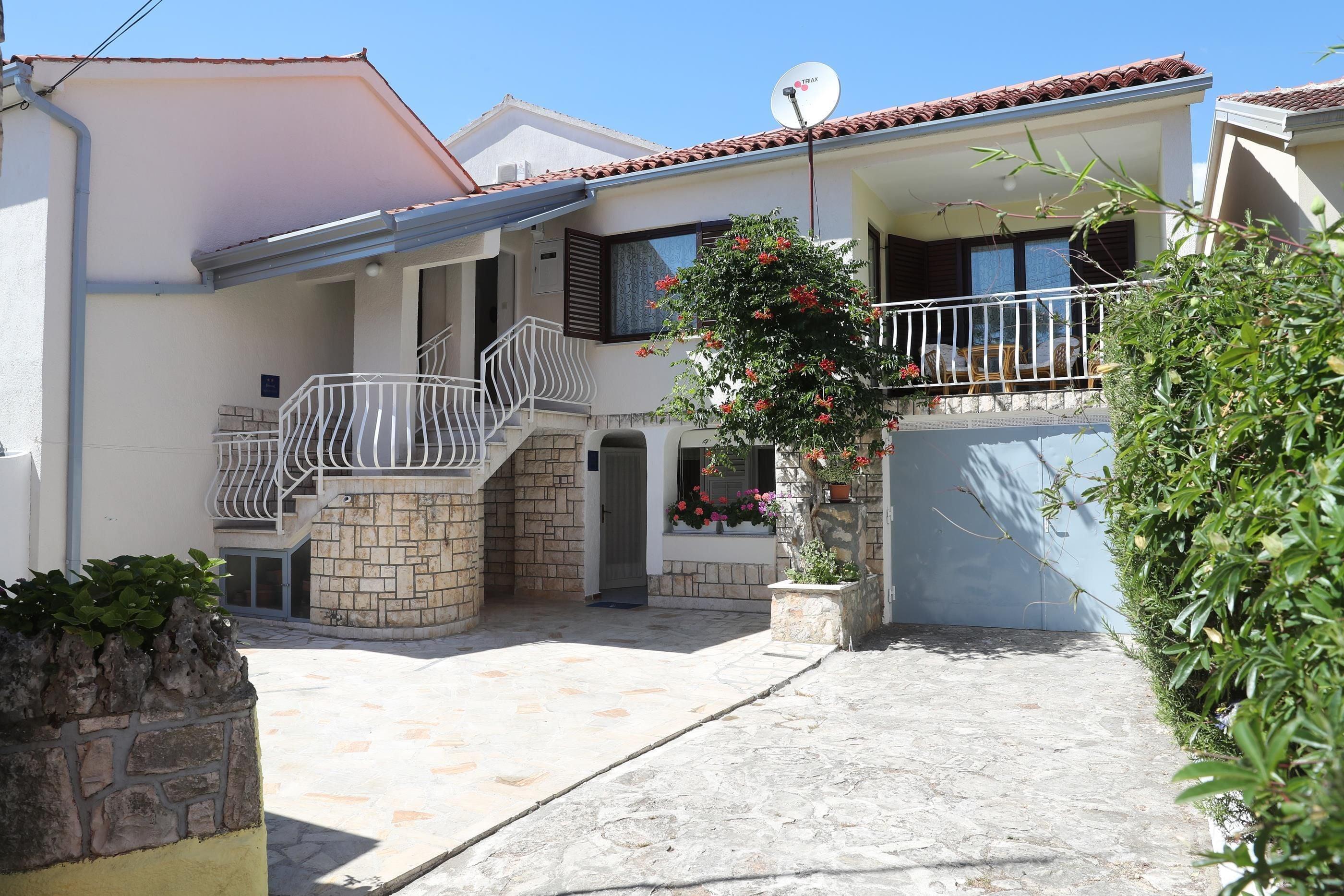 Apartments Knezovic