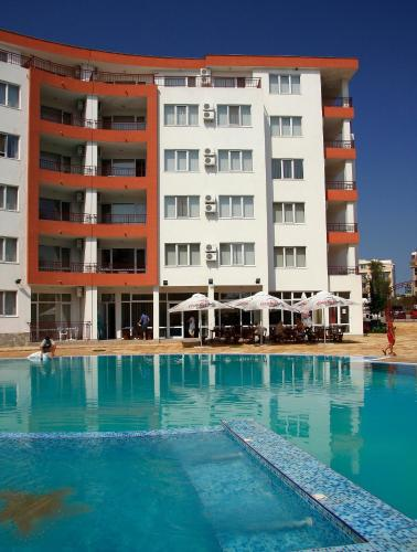 Riviera Fort Apartments