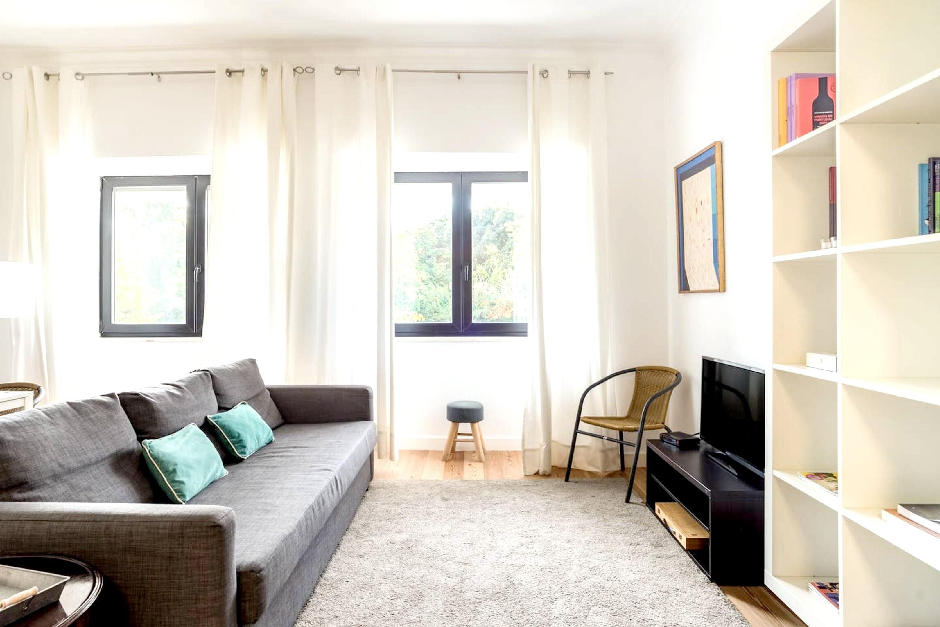 Apartment With 2 Bedrooms In Lisboa,  With Terrace And Wifi
