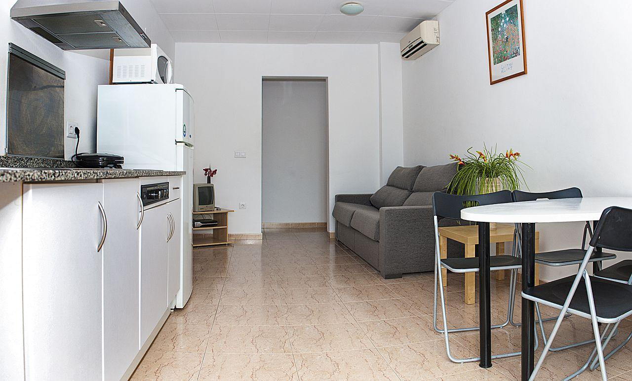 Iris Aparthotel