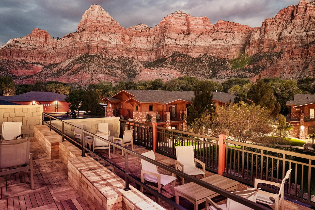 Cable Mountain Lodge