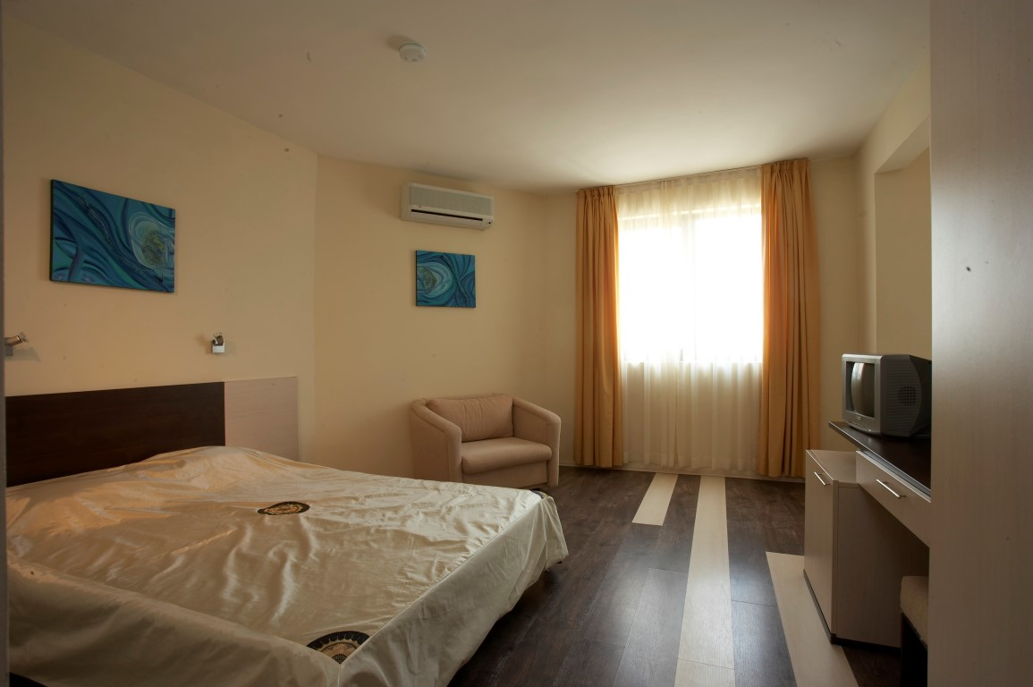Coral Guest House (Obzor) 3*