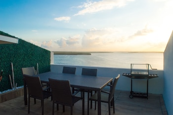 Beachfront Penthouses At Brisas By The Spot