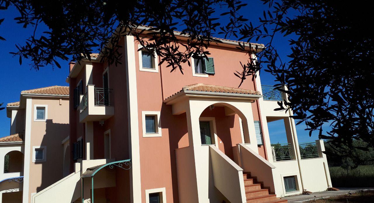 Villa Elaionas 1