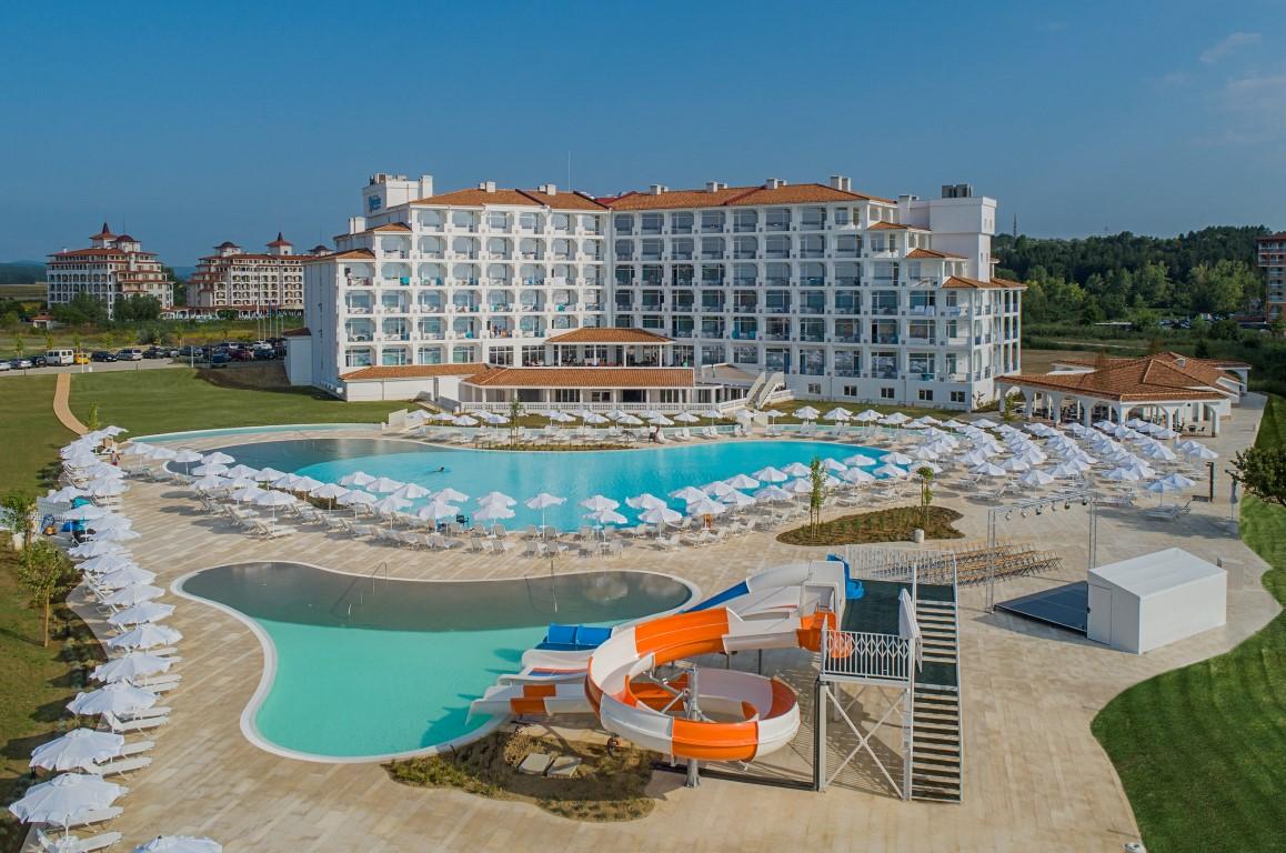 Sunrise Blue Magic Resort