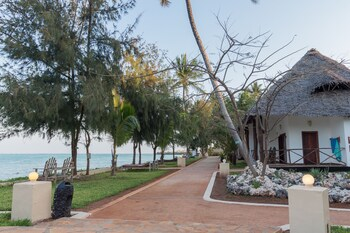 Reef & Beach Resort
