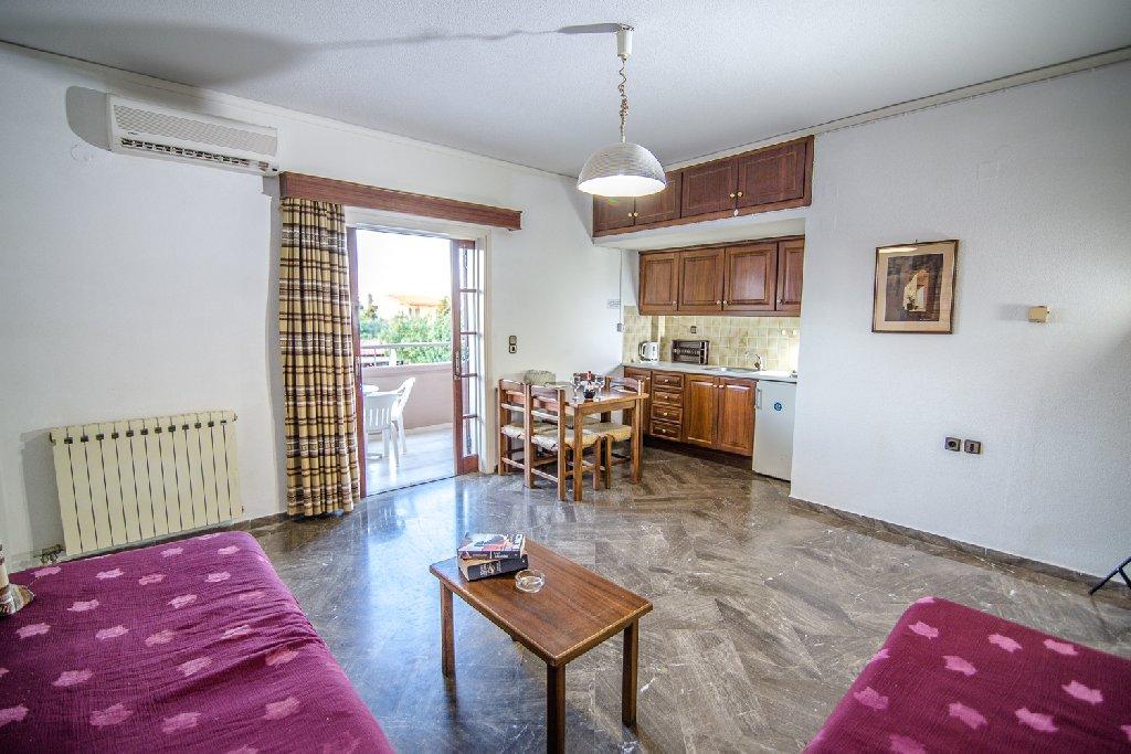 Elpida Apartments