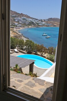 The One Mykonos