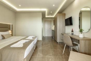 Remezzo Studios & Apartments