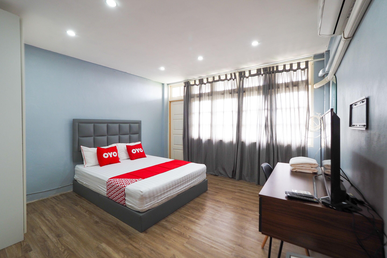 Oyo 615 Bossa House Hostel And Cafe