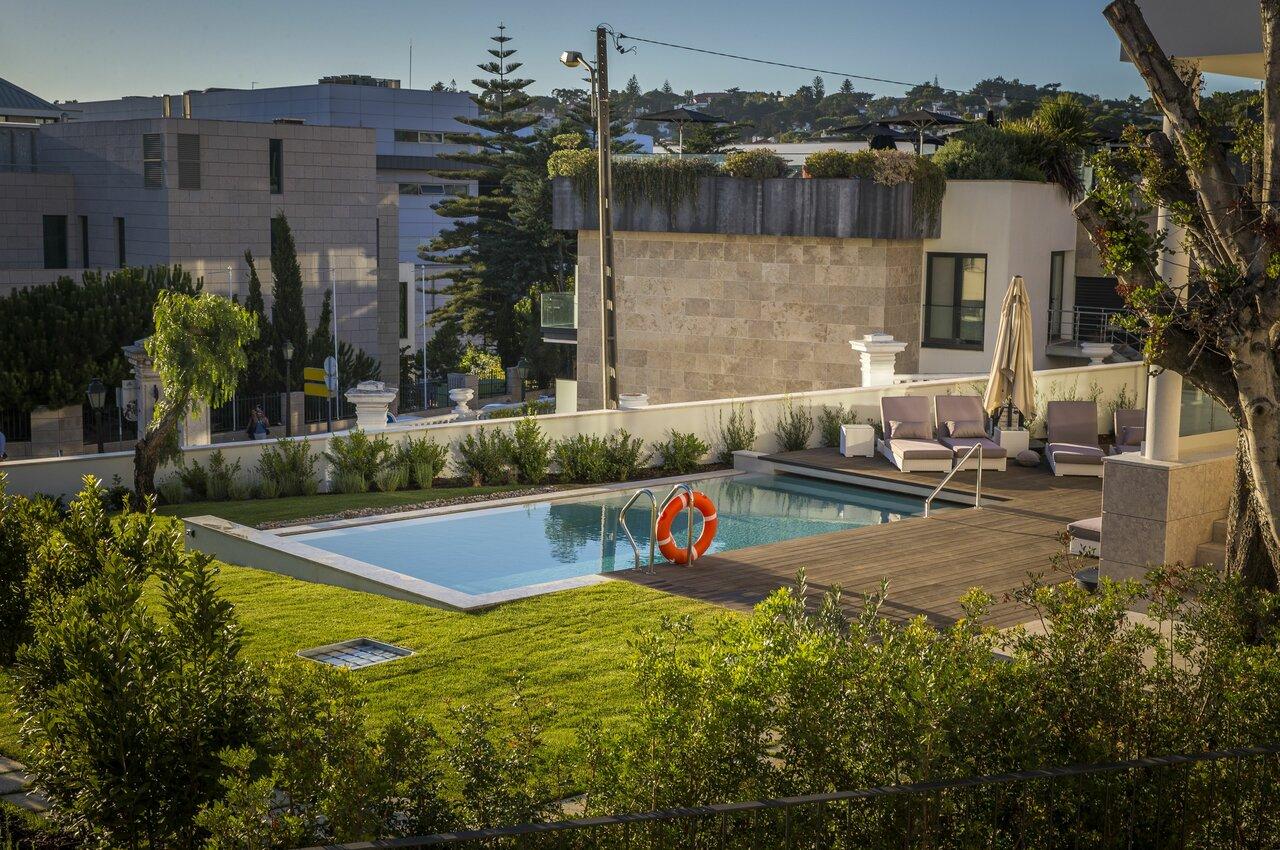 Somewhere Estoril Guesthouse