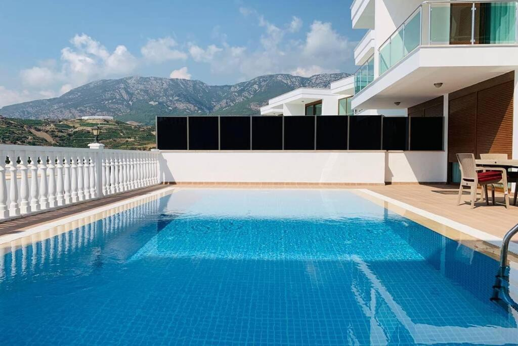 Villa With Private Pool 5 Star Complex In Alanya- Golfpark1