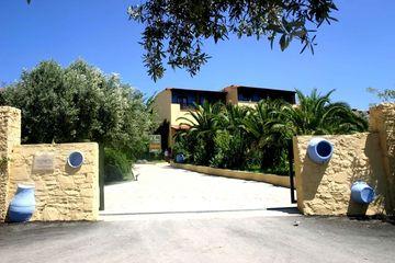 Elea Village